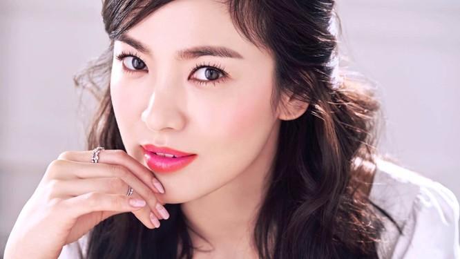 Son 400 ngàn đồng của Song Hye Kyo cháy hàng ảnh 6