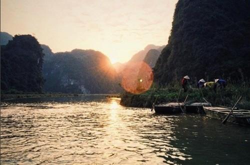 Việt Nam đẹp lạ trong mắt sao Hollywood ảnh 3