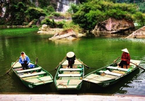 Việt Nam đẹp lạ trong mắt sao Hollywood ảnh 7