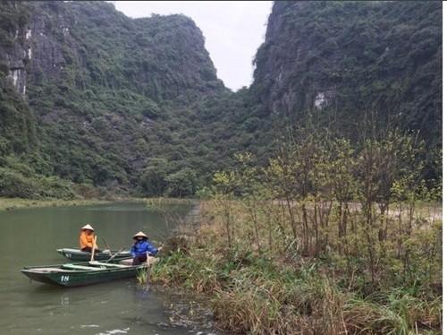 Việt Nam đẹp lạ trong mắt sao Hollywood ảnh 8