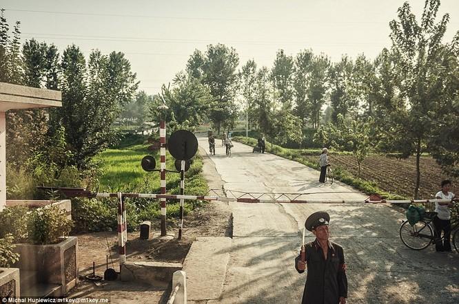 Những hình ảnh thường nhật hiếm thấy của Triều Tiên ảnh 18
