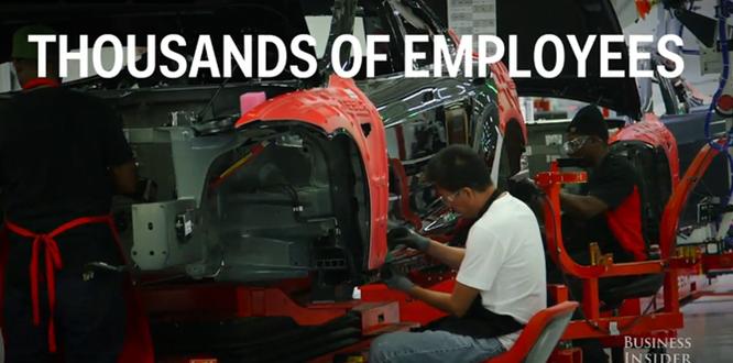 Cận cảnh nhà máy sản xuất xe hơi với 150 robot của Tesla ảnh 13