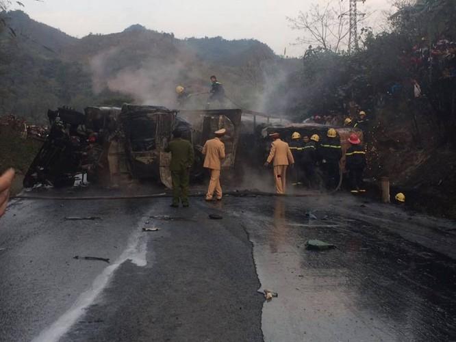 Xe bồn tông xe khách, 25 người thương vong ảnh 2