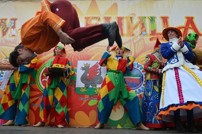 Người Nga nô nức với Lễ Giã biệt mùa Đông ảnh 12