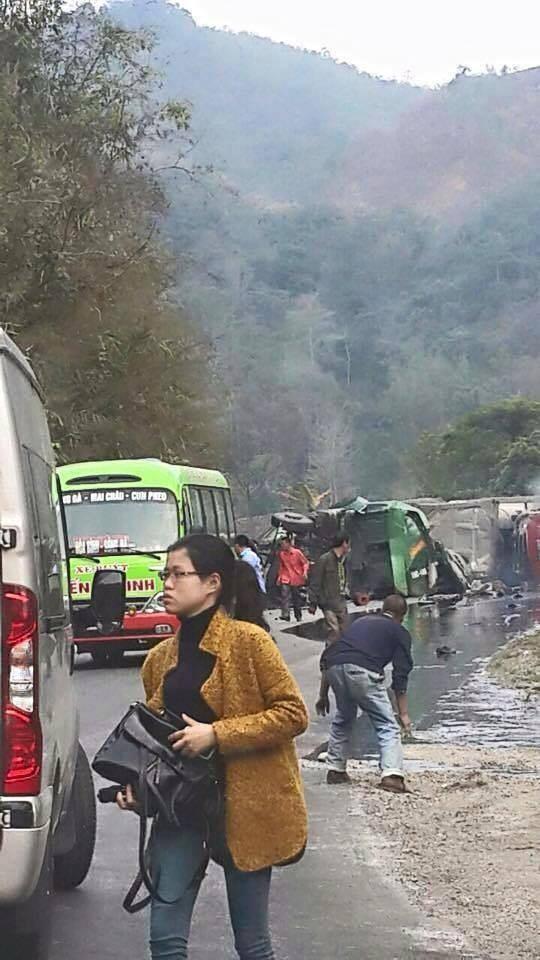 Xe bồn tông xe khách, 25 người thương vong ảnh 3