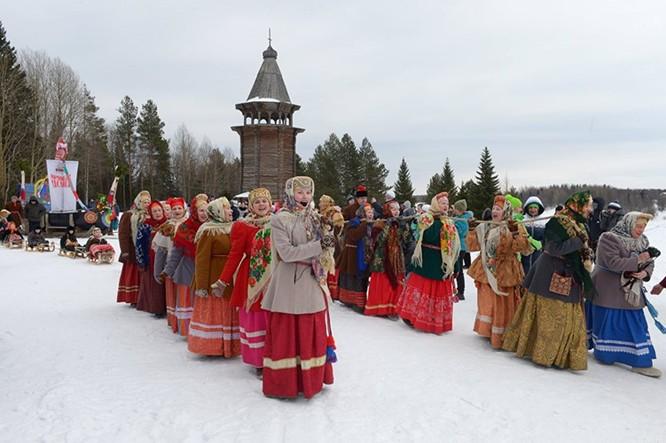 Người Nga nô nức với Lễ Giã biệt mùa Đông ảnh 2