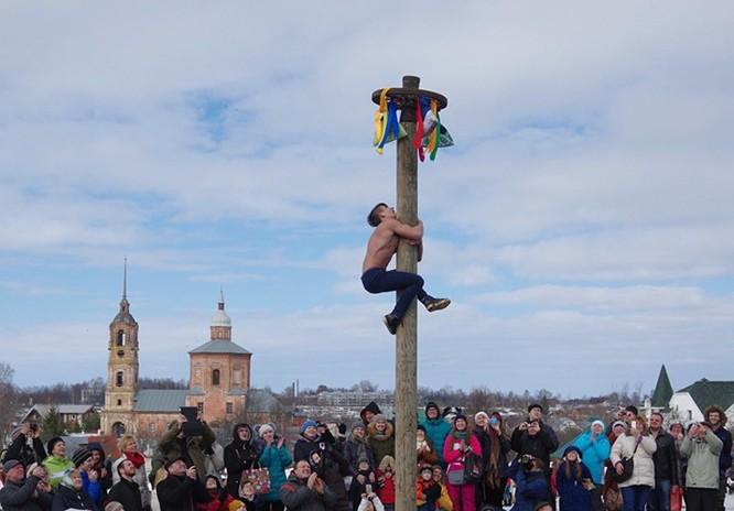 Người Nga nô nức với Lễ Giã biệt mùa Đông ảnh 4