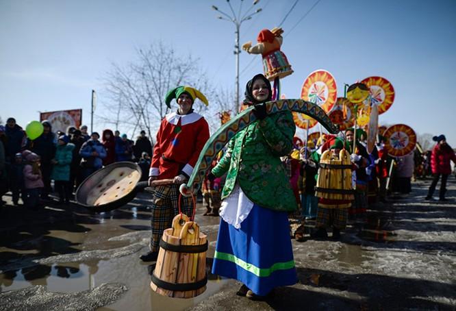 Người Nga nô nức với Lễ Giã biệt mùa Đông ảnh 6