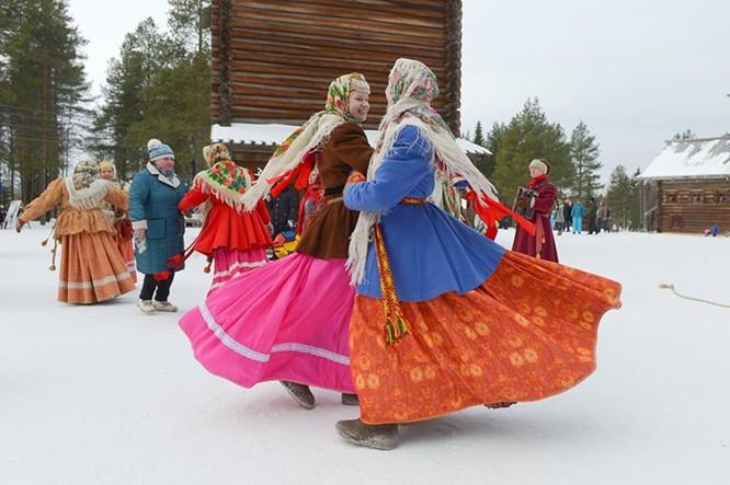 Người Nga nô nức với Lễ Giã biệt mùa Đông ảnh 7