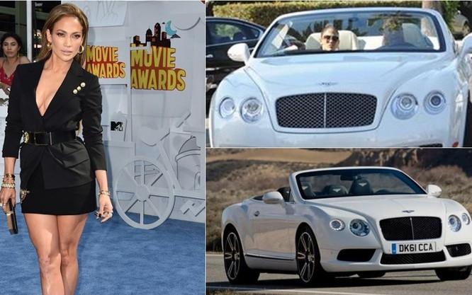 Nữ ca sĩ kiêm diễn viên Jennifer Lopez đi siêu xe Bentley Continental GTC Convertible trị giá 250.000 USD