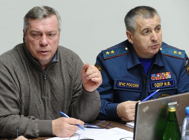 Những hình ảnh đầu tiên từ hiện trường tai nạn máy bay ở Rostov ảnh 3