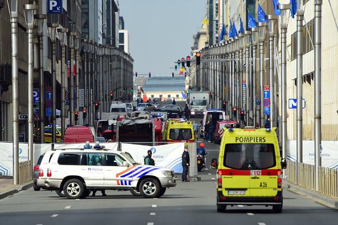 Những hình ảnh đầu tiên về cuộc khủng bố tại Brussels ảnh 9