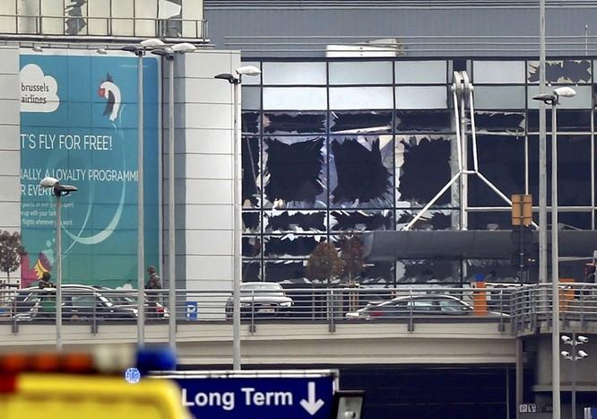 Những hình ảnh đầu tiên về cuộc khủng bố tại Brussels ảnh 1