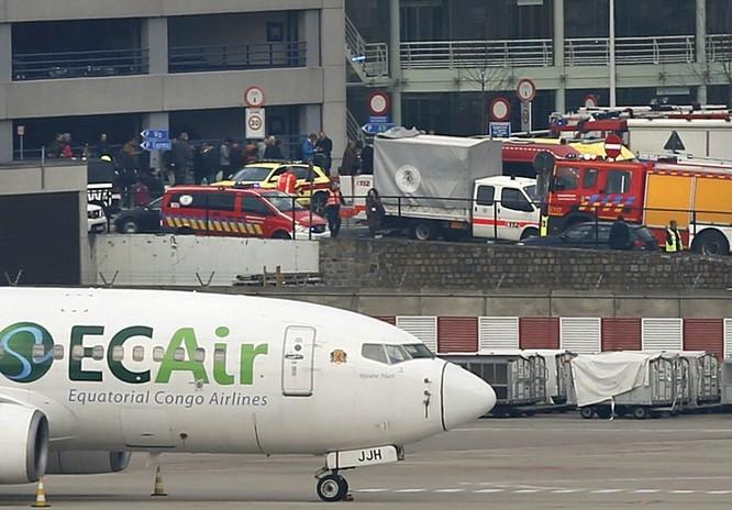 Những hình ảnh đầu tiên về cuộc khủng bố tại Brussels ảnh 2