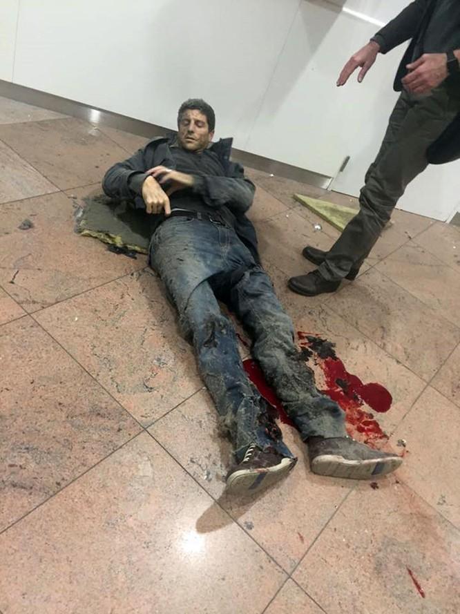 Những hình ảnh đầu tiên về cuộc khủng bố tại Brussels ảnh 3