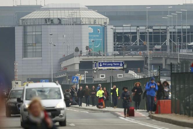 Những hình ảnh đầu tiên về cuộc khủng bố tại Brussels ảnh 4
