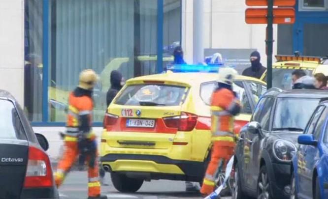 Những hình ảnh đầu tiên về cuộc khủng bố tại Brussels ảnh 6