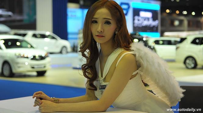 """Mãn nhãn với dàn mẫu """"nóng bỏng"""" tại Bangkok Motorshow 2016 ảnh 11"""