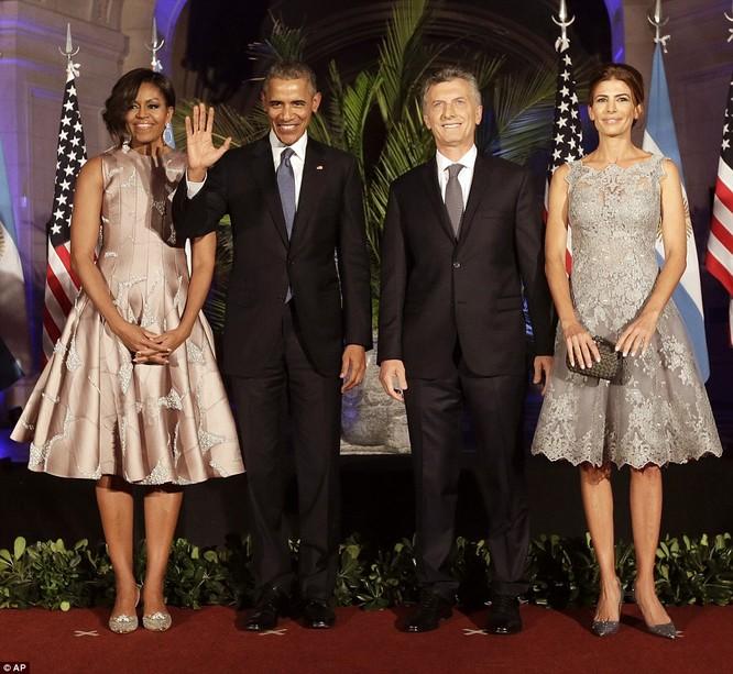 Video: Tổng thống Mỹ vụng về nhảy Tango ở Argentina ảnh 5