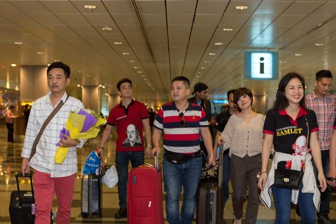 Táo quân Việt 'vi hành' đất Singapore ảnh 1