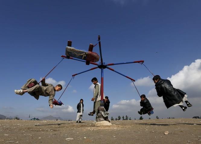 Những đứa trẻ Afghanistan trong ngày Tết Afghanistan Nữ dân quân người Kurd trước thềm Năm mới của vùng Ba Tư