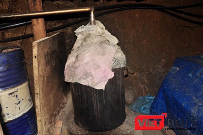 """Cận cảnh đường """"hầm rượu"""" xuyên núi của Bí thư huyện Tây Giang ảnh 10"""