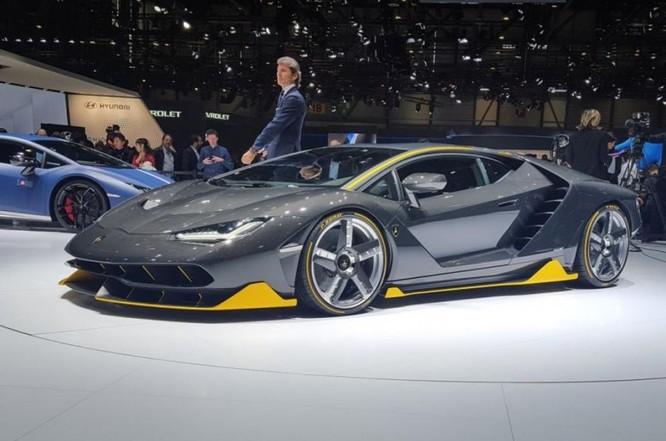 Ngắm siêu xe Lamborghini Centenario giá hơn 42 tỷ đồng ảnh 11