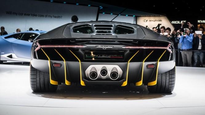 Ngắm siêu xe Lamborghini Centenario giá hơn 42 tỷ đồng ảnh 2