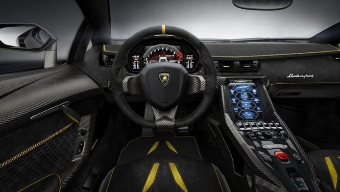 Ngắm siêu xe Lamborghini Centenario giá hơn 42 tỷ đồng ảnh 4