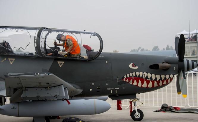"""Nhiều phi cơ quân sự """"khủng' xuất hiện tại triển lãm FIDAE 2016 ảnh 2"""
