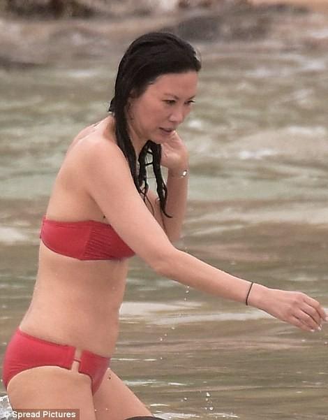 Báo Anh tung tin Putin dính nghi án tình cảm với một phụ nữ gốc Hoa ảnh 9