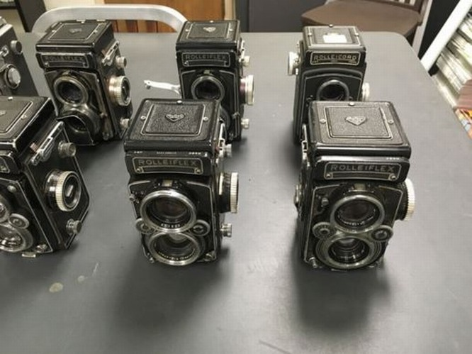 Kho báu máy ảnh cổ được tìm thấy dưới tòa soạn báo ảnh 4