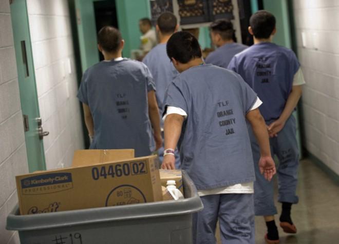 Video: 'Đột nhập' nhà tù nơi Minh Béo bị tạm giam ở Mỹ ảnh 10
