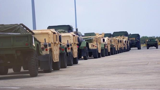 Mỹ điều dàn vũ khí khủng tập trận với Philippines ở Biển Đông ảnh 4