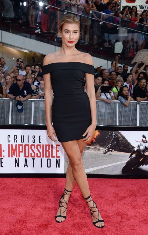Người mẫu Haley Baldwin - ngôi sao gợi cảm nhất trong bộ bikini.