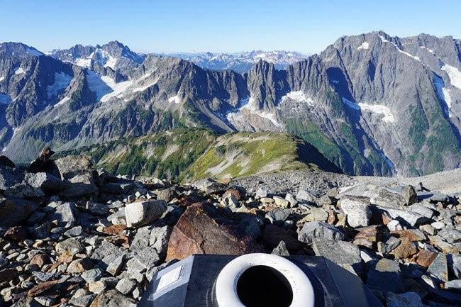 Choáng với những nhà vệ sinh 'độc' nhất hành tinh ảnh 11