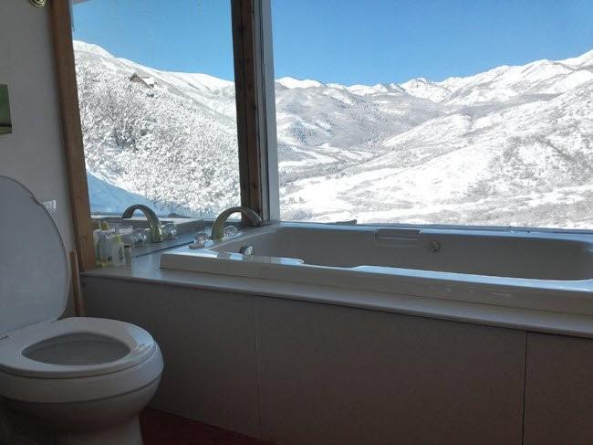 Choáng với những nhà vệ sinh 'độc' nhất hành tinh ảnh 3