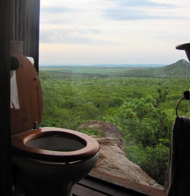 Choáng với những nhà vệ sinh 'độc' nhất hành tinh ảnh 6