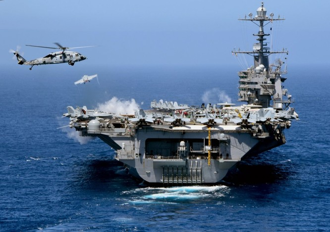 20 bức ảnh bằng vạn lời nói về uy lực của tàu sân bay Mỹ ảnh 9