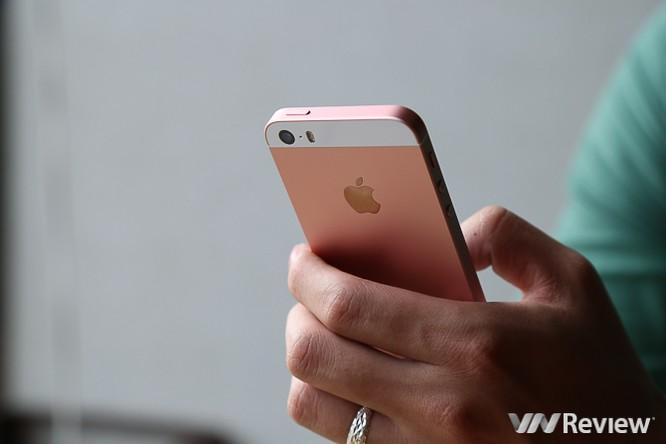 5 điểm cần chú ý khi mua iPhone SE ảnh 1