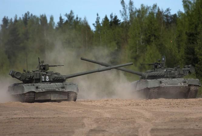 """Video: Cận cảnh """"xe tăng bay"""" T-80 ảnh 3"""