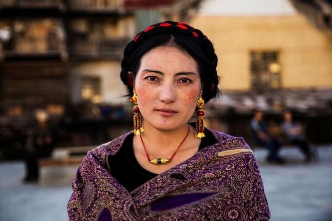 Vẻ đẹp mê hồn của đại diện phụ nữ tại 50 quốc gia ảnh 32