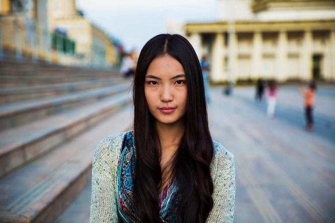 Vẻ đẹp mê hồn của đại diện phụ nữ tại 50 quốc gia ảnh 14