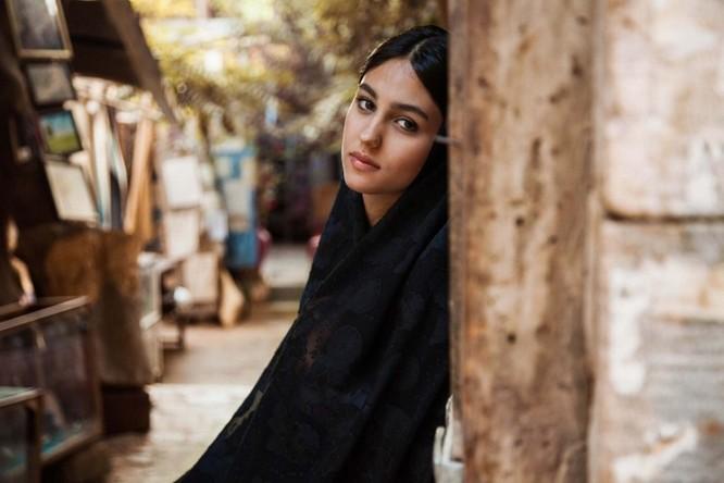 Vẻ đẹp mê hồn của đại diện phụ nữ tại 50 quốc gia ảnh 24