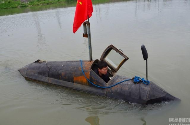 Cận cảnh tàu ngầm giá rẻ do nông dân Trung Quốc chế tạo ảnh 4