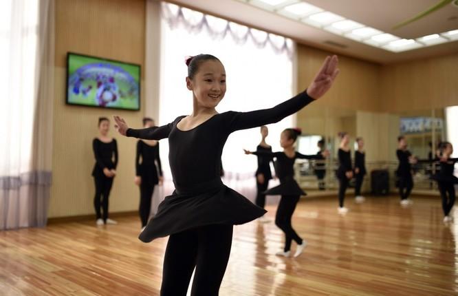 Triều Tiên: Sự khác biệt giữa cuộc sống ở Bình Nhưỡng và vùng nông thôn ảnh 4