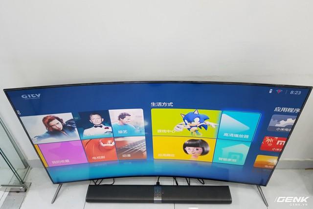 """""""Đập hộp"""" tivi màn hình cong mỏng hơn iPhone 6s của Xiaomi ảnh 3"""