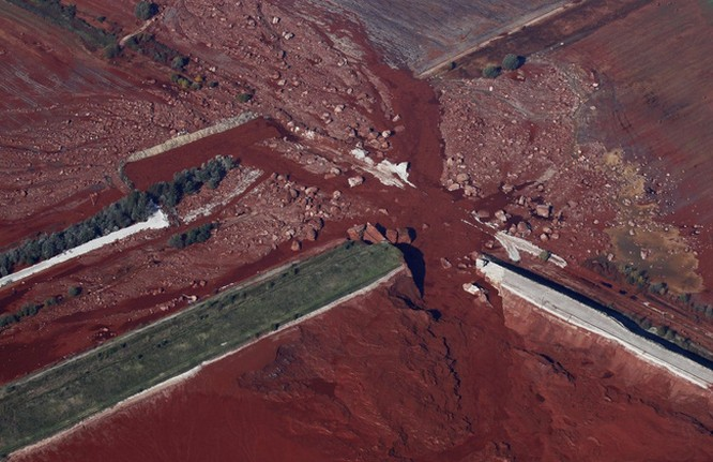 20 bức ảnh gây sốc về nguồn nước ô nhiễm trầm trọng ảnh 16