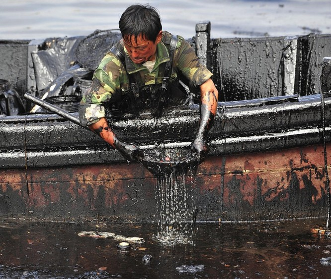 20 bức ảnh gây sốc về nguồn nước ô nhiễm trầm trọng ảnh 19