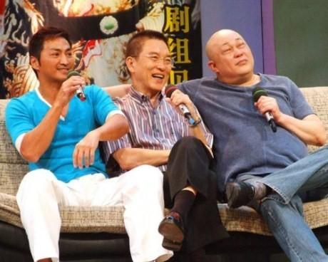 Ngoài đời, bộ ba diễn viên giữ mối quan hệ thân thiết suốt nhiều năm trời.